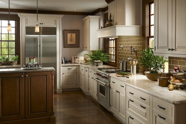 Brookhaven Cabinetry Robertson Kitchens Erie, PA - Robertson ...